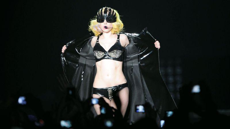 Lady Gaga liker stor Dick